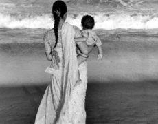 OVUNQUE PROTEGGI – Racconti di un viaggio chiamato maternità