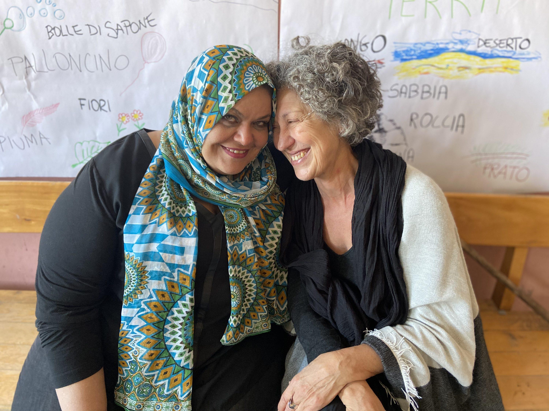 solidarietà senza confini, sorellanza, incontro tra donne